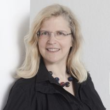 Prof. Dr. Christiane Hermann