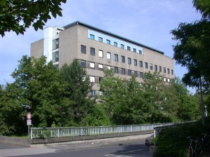 Physiologisches Institut-300