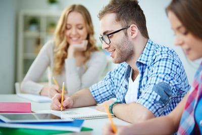 Ausbildung & Duales Studium (Foto: Colourbox.de/Pressmaster)